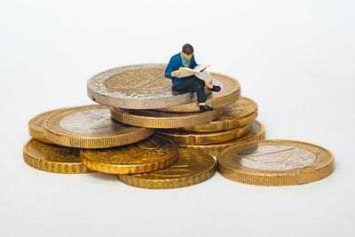 【会社員の資産運用】貯金だけではダメなのか?投資を始めるべき理由。